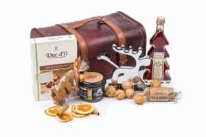zestawy prezentów świątecznych w drewnianym kuferku